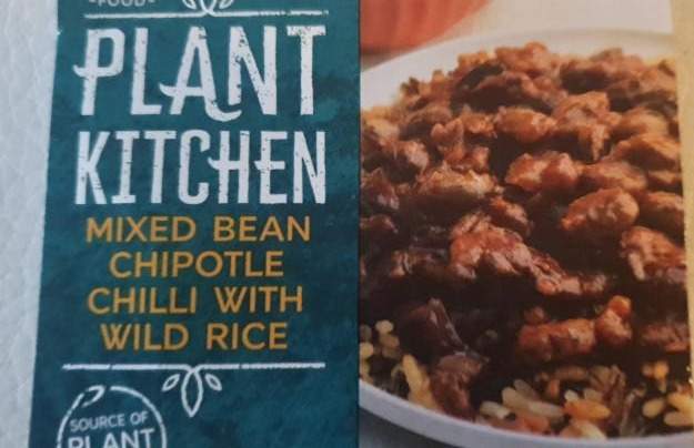 Fotografie - Plant kitchen mixed bean chipotle chilli with wild rice M&S food