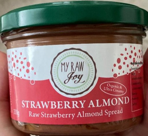 Fotografie - Raw Almond-Strawberry Spread My Raw Joy